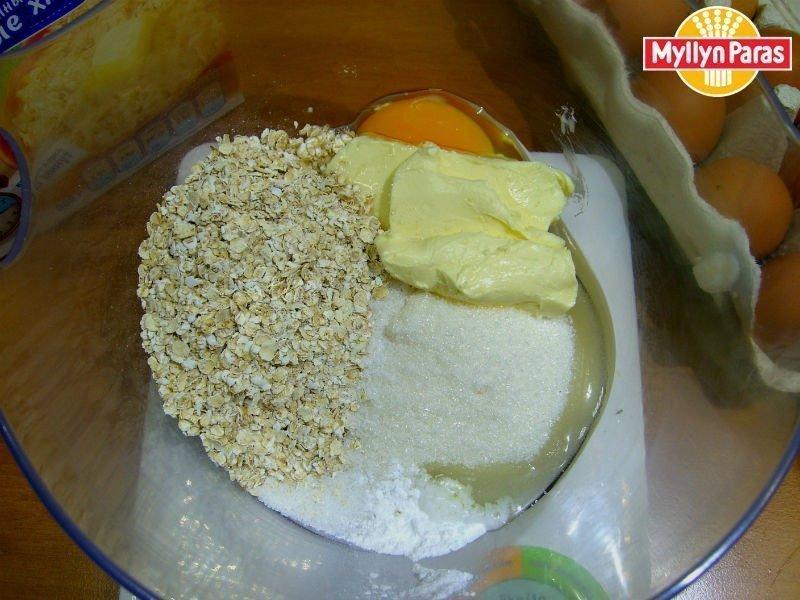 тесто для овсяного печенья из овсяных хлопьев быстрого приготовления
