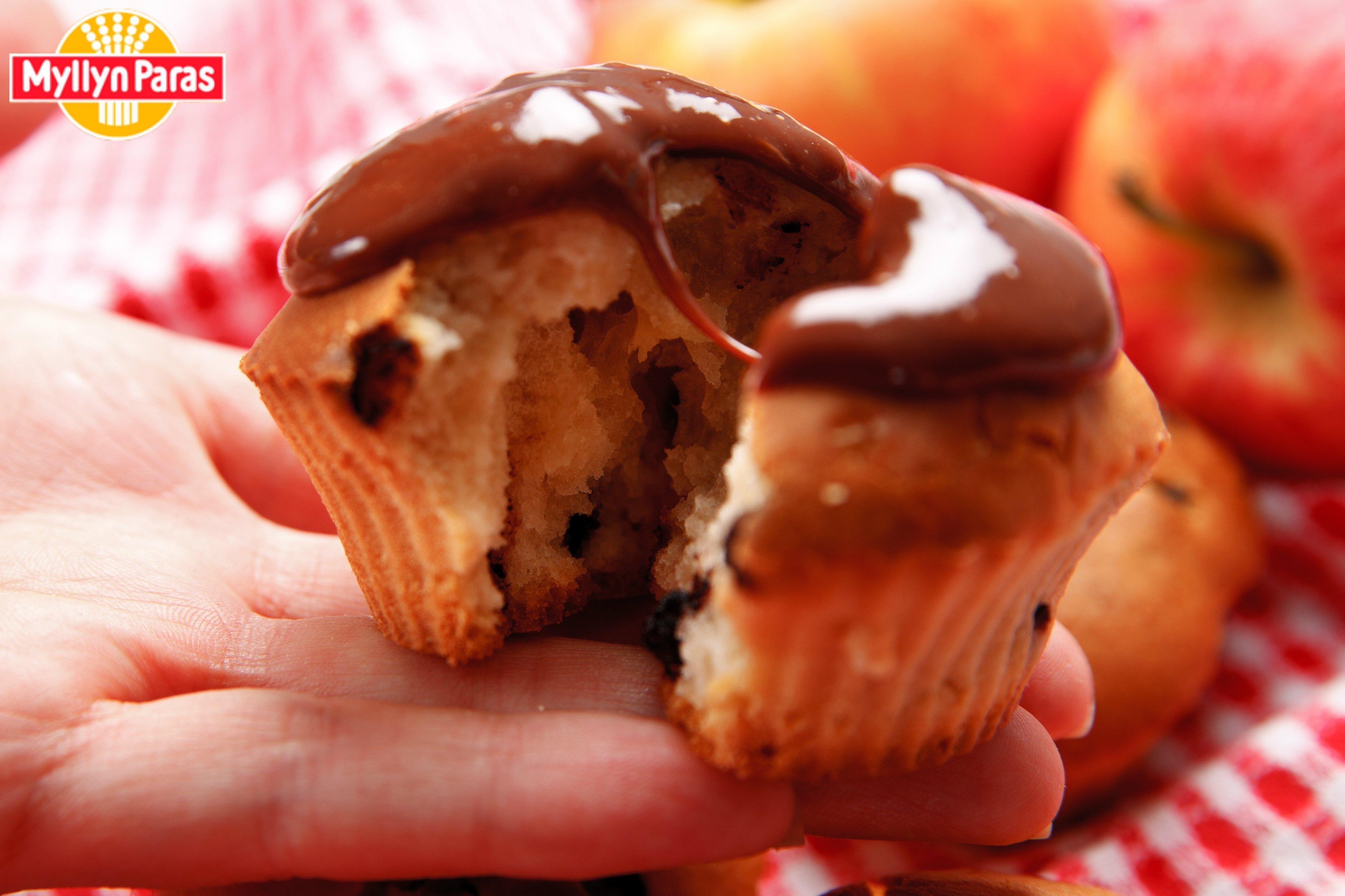Шоколадный маффины с кусочками шоколада рецепт