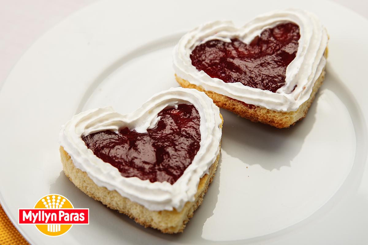 Десерт на День Всех Влюбленных - Пирожные Валентинки